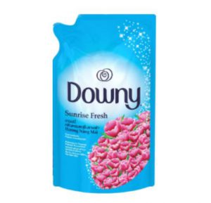 1. Downy Concentrate Fabric Softener Sunrise Fresh 650 ml