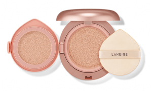 4. LANEIGE Layering Cover Cushion SPF34 PA+++ (14 g)