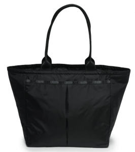 5. LeSportsac รุ่น Classic EveryGirl Tote