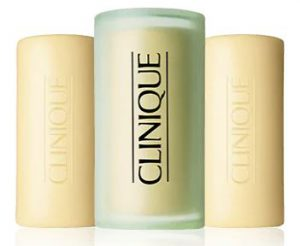 10. Clinique 3 Little Soaps with Travel Dish - Mild (150 g)