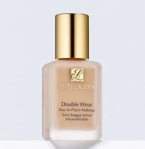 1. Estee Lauder - Double Wear Stay-in-Place Makeup SPF 10/PA+++
