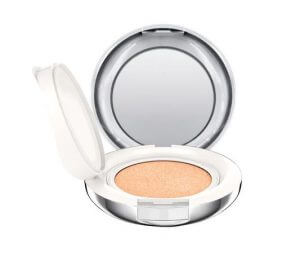 10. MAC - Lightful C+ Coral Grass SPF 50/PA++++ Quick Finish Cushion Compact